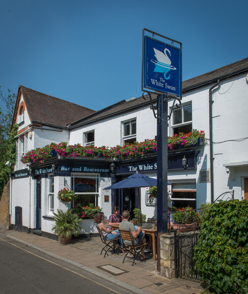 The White Swan Richomd Upon Thames
